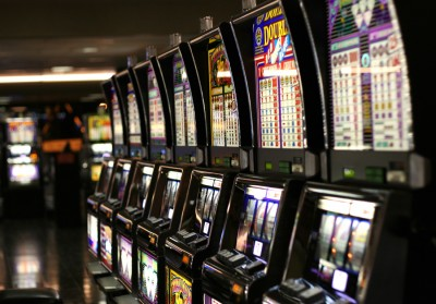 слот игровые автоматы
