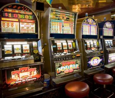 Игровые автоматы играть на реальные ...