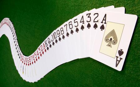 oboi-poker