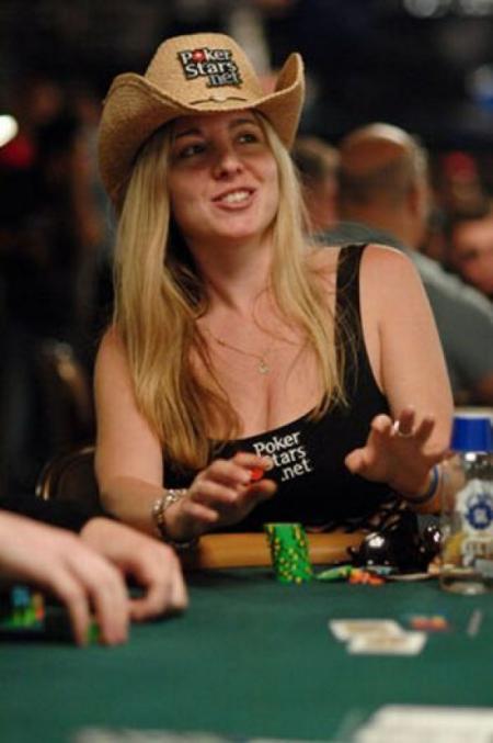 Красивые девушки в покере | POKERMONEY