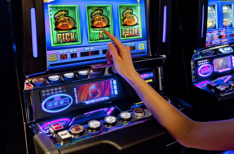 Играть бесплатно новые игровые автоматы 2016