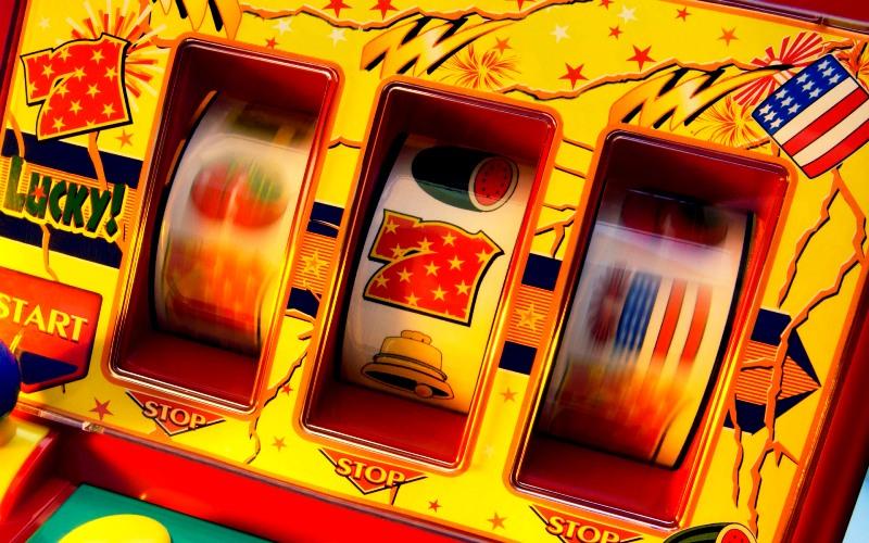 Играть в игровые автоматы новые 777